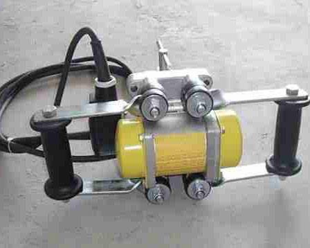 电动筑炉机
